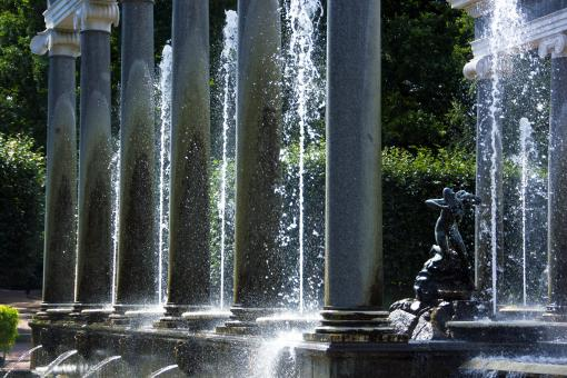 Free Stock Photo of Fountain At Peterhof Palace -  St. Petersburg