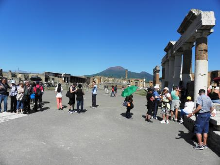Free Stock Photo of One of the main squares of Pompeii
