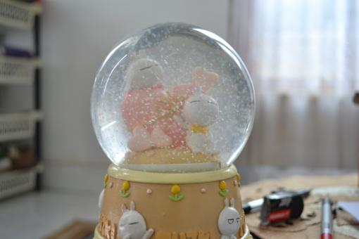 Free Stock Photo of A Snow Globe