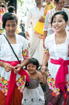 Free Stock Photo of Balinese family at hindu celebration