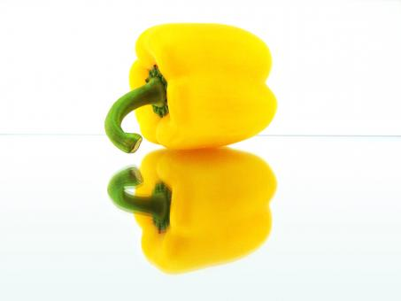Free Stock Photo of Yellow Pepper