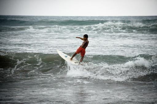 Free Stock Photo of Child surfing