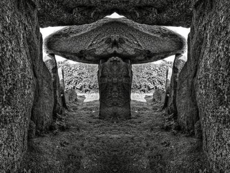 Free Stock Photo of Le Trepied Dolmen - BW HDR