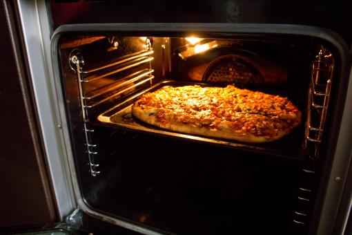 Free Stock Photo of Pizza in oven