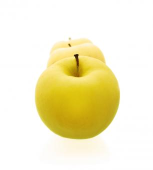 Free Stock Photo of Yellow apples