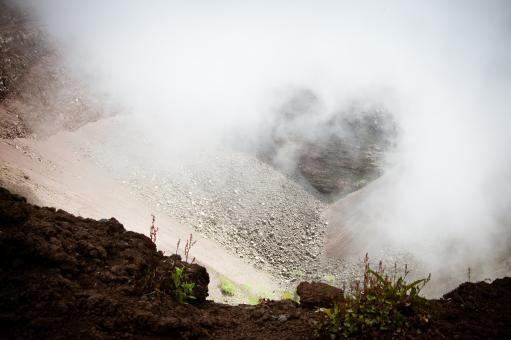 Free Stock Photo of Vesuvio Volcano crater