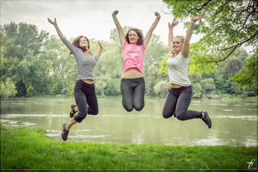 Free Stock Photo of Jumping girls