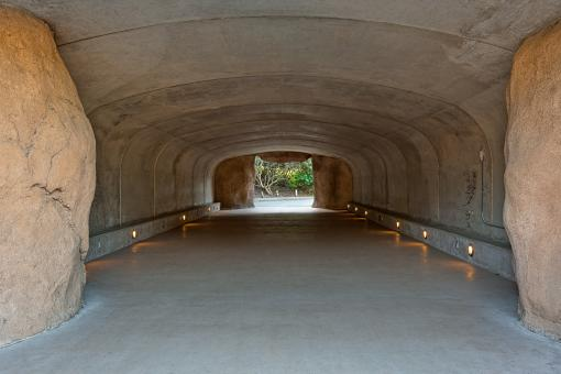 Free Stock Photo of Zoo Tunnel - HDR