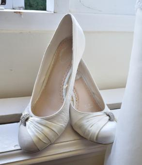 Free Stock Photo of Wedding Shoes