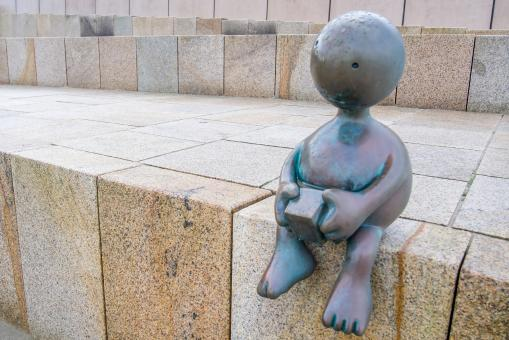 Free Stock Photo of lonely statue child