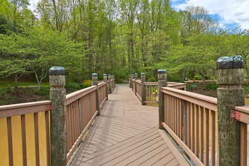 Free Stock Photo of Meadowlark Gardens Bridge - HDR