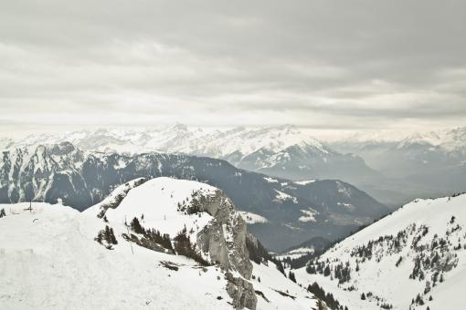 Free Stock Photo of Snowy Swiss Alps