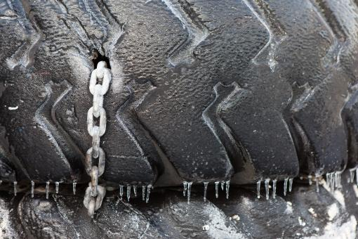 Free Stock Photo of Old Tire with Chain