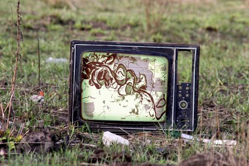 Free Stock Photo of retro tv on grass