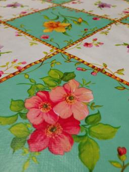 Free Stock Photo of Floral tablecloth