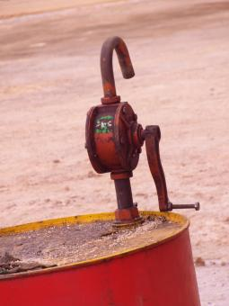 Free Stock Photo of Oil Drum with Pump