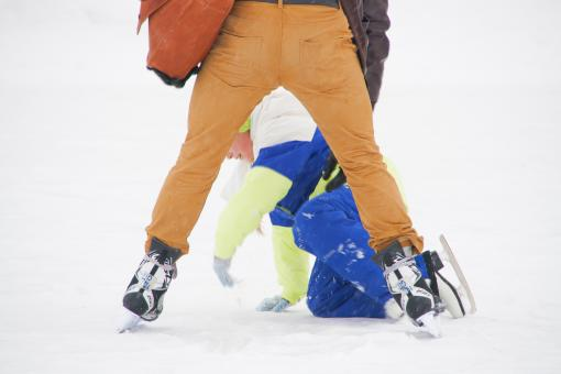 Free Stock Photo of Kid falling on ice skates