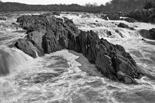 Free Stock Photo of Great Falls Leviathan - Black and White