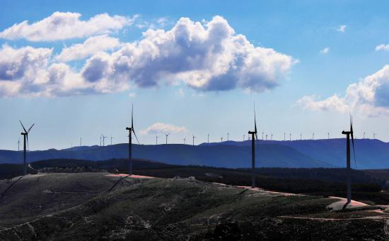 Free Stock Photo of Inland wind farm in central Portugal