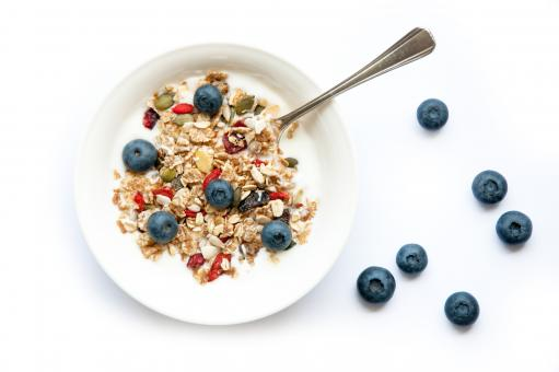 Free Stock Photo of Yogurt with granola and blueberries