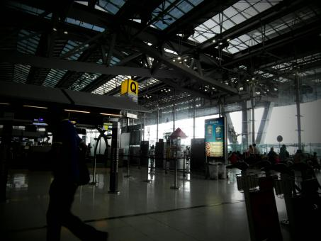 Free Stock Photo of Airport Interior Traveller Silhouette