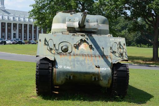 Free Stock Photo of Old Army Tank