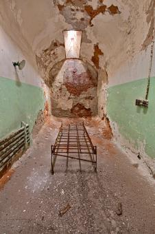 Free Stock Photo of Bare Bones Prison Cell - HDR