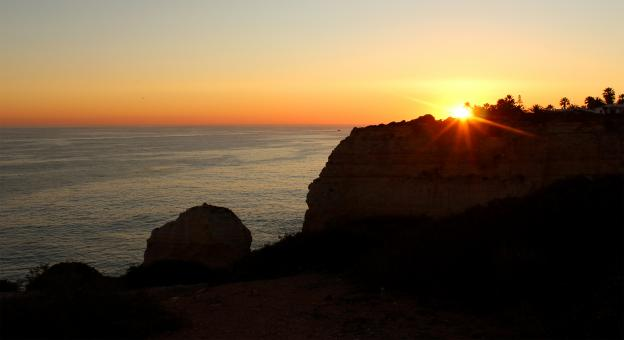 Free Stock Photo of Sunset over the cliffs in Algarve