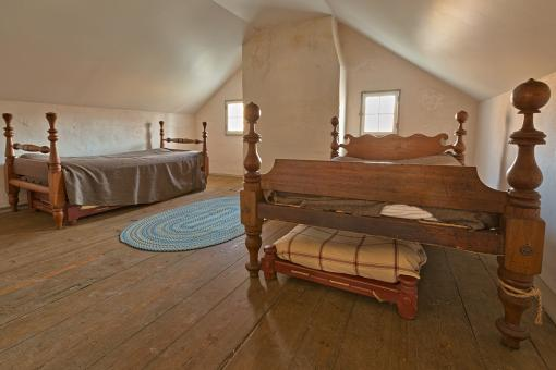 Free Stock Photo of Lockhouse Sleeping Quarters - HDR