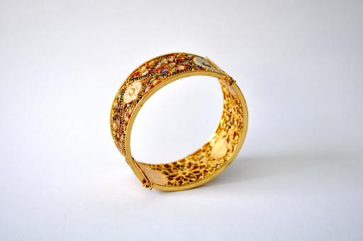 Free Stock Photo of Gold Bangle