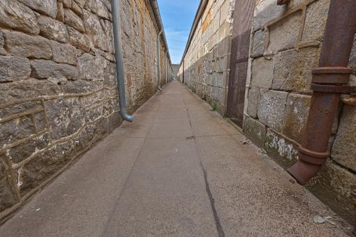 Free Stock Photo of Prison Alley - HDR