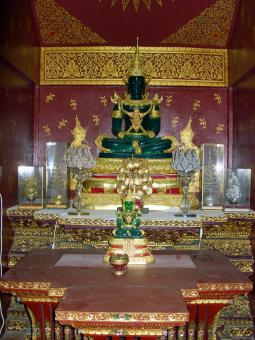 Free Stock Photo of Thai Buddhist Temple Interior