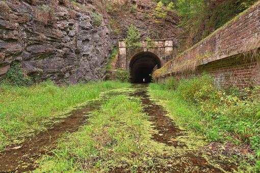 Free Stock Photo of Paw Paw Tunnel - HDR