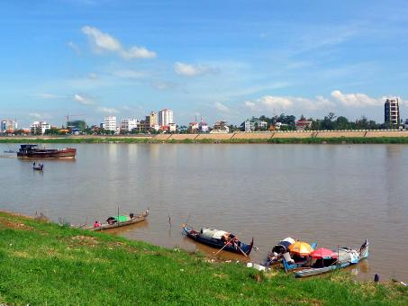 Free Stock Photo of Tonle Sap River and boats