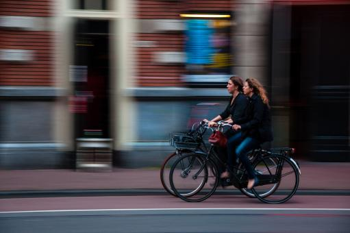Free Stock Photo of Friends on bikes