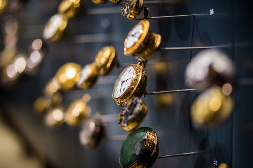 Free Stock Photo of Golden Clocks
