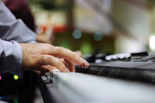 Free Stock Photo of Pianist