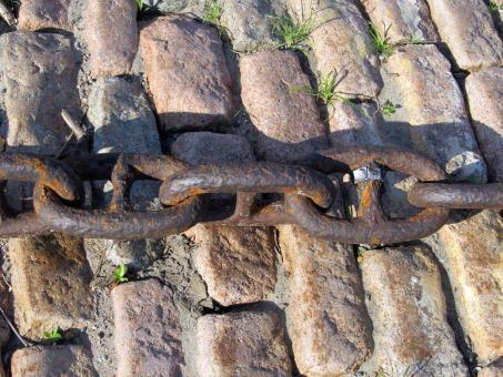 Free Stock Photo of Rusting Chain