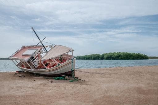 Free Stock Photo of Fishing Boat on the Island