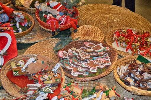 Free Stock Photo of Christmas cookies and toys at Christmas market in Germany