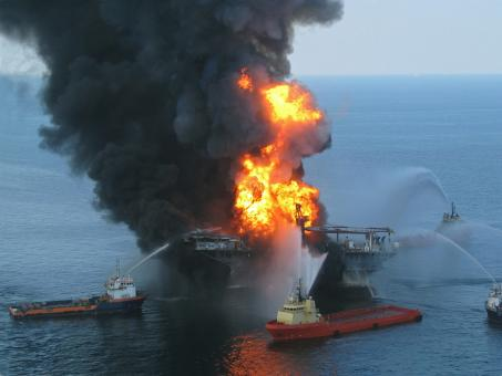 Free Stock Photo of Oil Rig Explosion