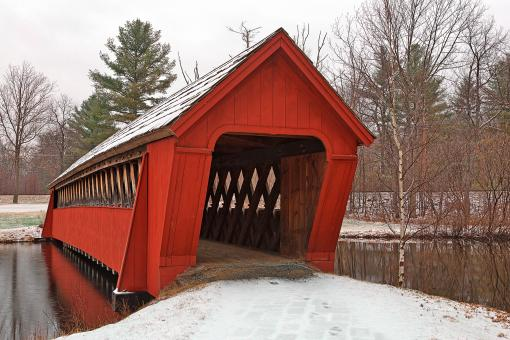 Free Stock Photo of Jack O'Lantern Snow Covered Bridge - HDR