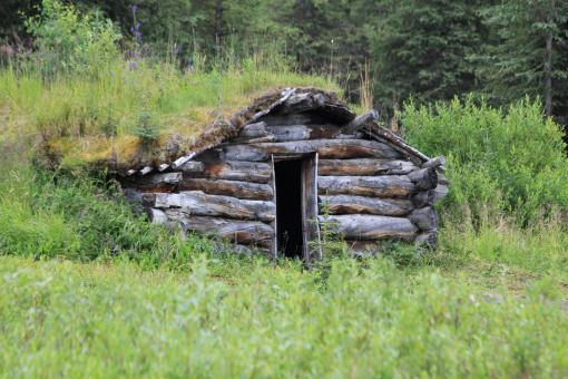 Free Stock Photo of Log Cabin