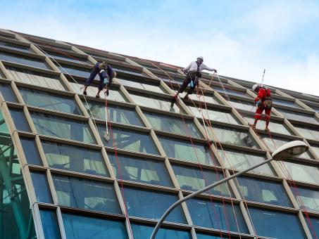 Free Stock Photo of Rappelling