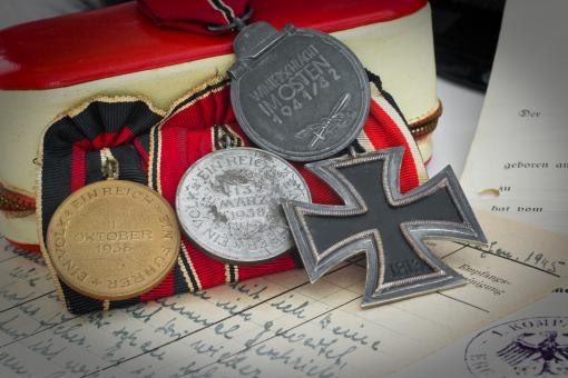 Free Stock Photo of Ostmedaille Medals