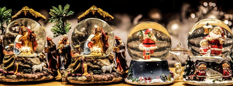Free Stock Photo of Christmas Snow Globes