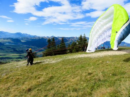 Free Stock Photo of Paragliding Exercise