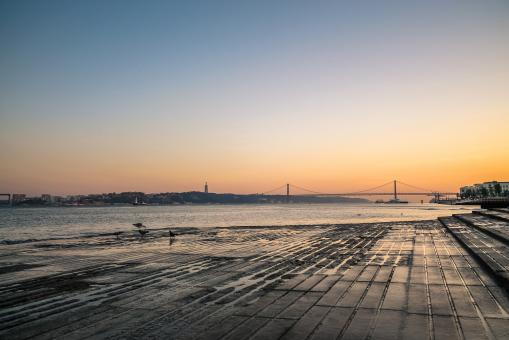 Free Stock Photo of Lisbon river side at sunset