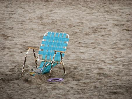 Free Stock Photo of Old Beach Chair