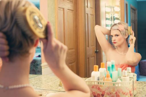 Free Stock Photo of Pretty Lady in the Mirror